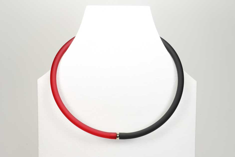 schwarz-rot 100113